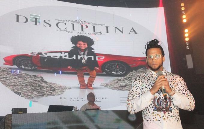 El Alfa lanza «Disciplina», su primera producción